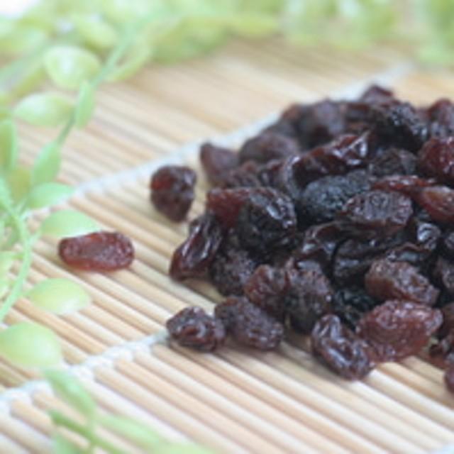 Seedless Raisins - 500g: Rp 35.000