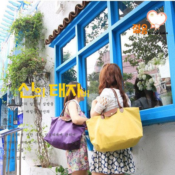 包【HOC020】 法式馬卡龍防水尼龍單肩包 水餃包 梯形包 肩背包 手提包 購物包 媽媽包(大號)現貨供應
