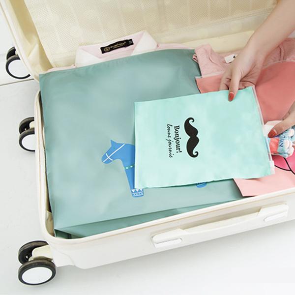 收納袋 木馬旅行收納袋(37x41cm) 旅遊 行李箱 化妝品 整理袋 分類收納袋 旅行密封袋 【ZDZ020】收納女王