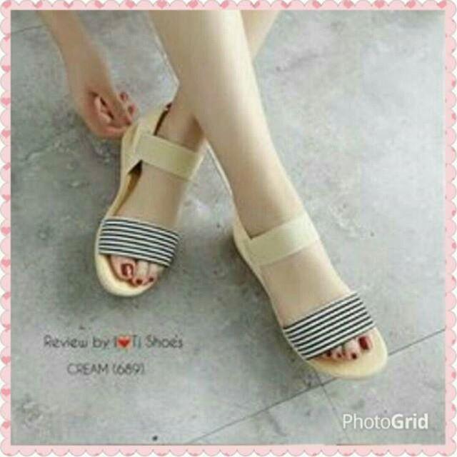 KAISAR- Sepatu Wanita Sandal Flat Shoes Salur Cream: Rp 75.000 Rp 32.000