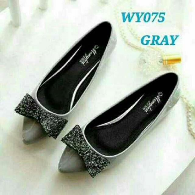 Flat Shoes Pita Glitter Abu