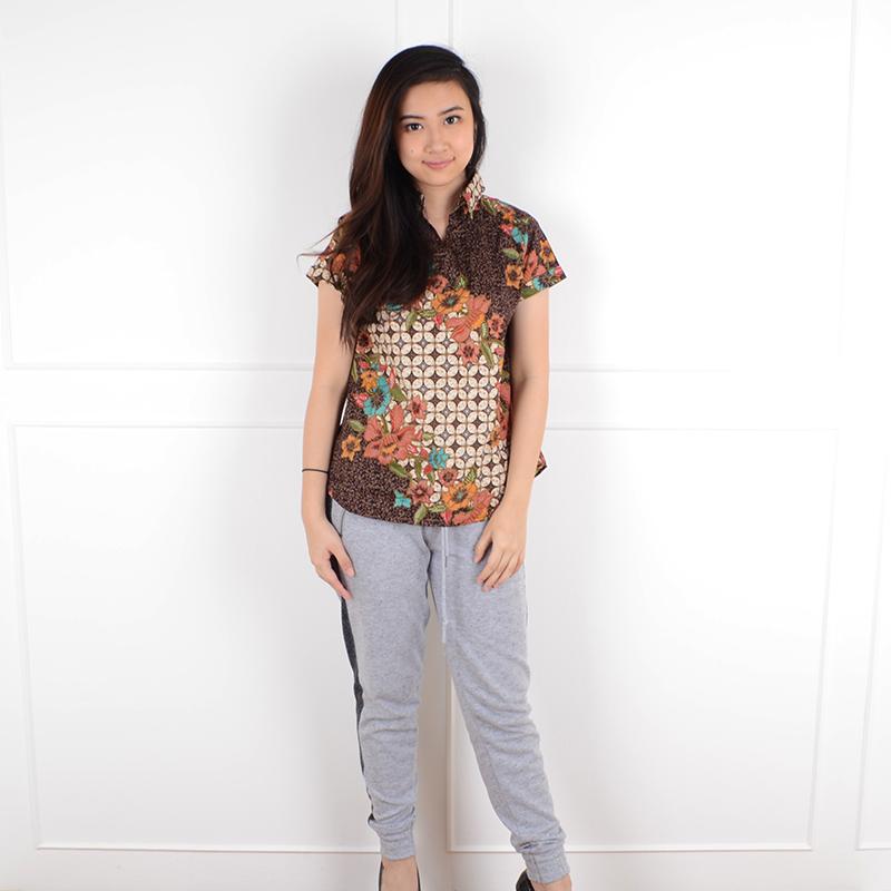 De Voile Atasan Batik Wanita Monita V tshirt (Brown) 6de771ce8b