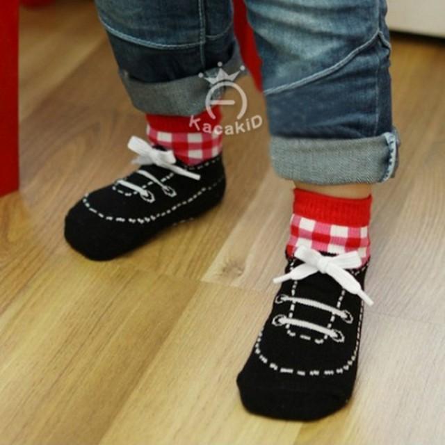 MyKaosKaki Kaos Kaki Wanita Motif Hitam . Source · Kaos kaki anak bentuk sepatu - ACG075: Rp 46.000 Rp 18.400