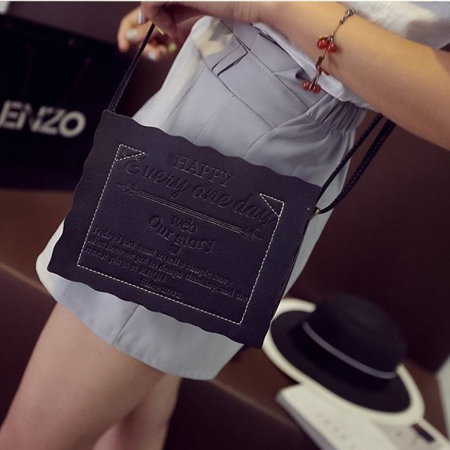 tas selempang cewek sling bag wanita embos happy everyday bta313: Rp 58.300