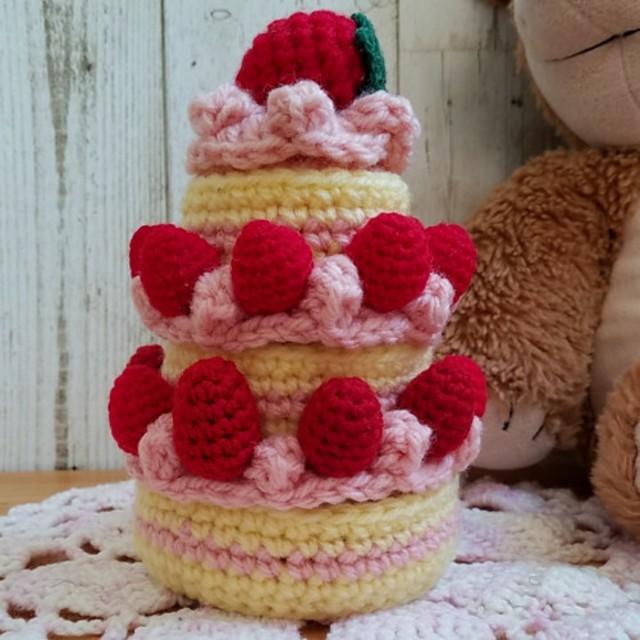 あみあみ3段ケーキ