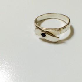 tomeru ring