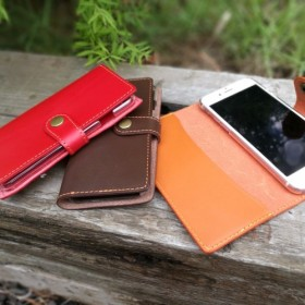 名入れ&送料無料 【全4色】牛本革 iPhone8 iPhone7 名入れ無料 糸が選べる iPhone6 ケース
