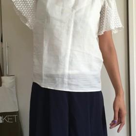 袖レースシャツ