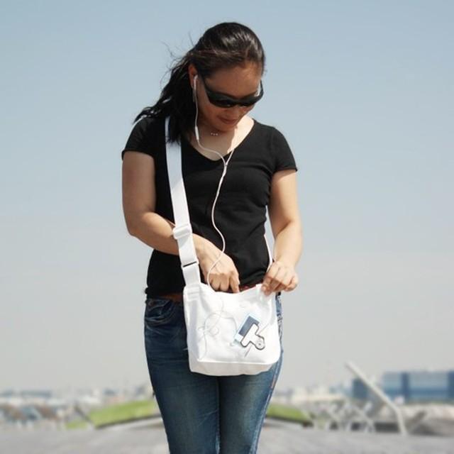 clip BAG クリップでアイテムをとめるバッグ
