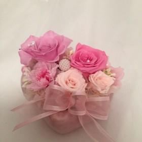 ハートの花器が可愛い プリザーブドフラワー