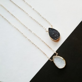 送料無料14kgf monotone Druzy quartz necklace