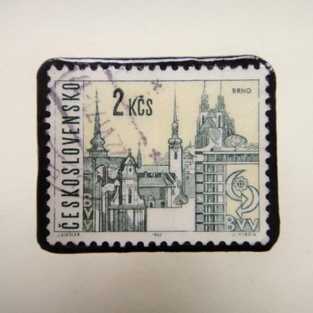 チェコスロバキア 切手ブローチ1320