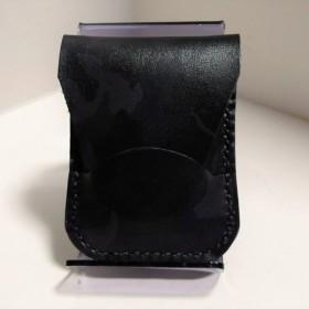 黒 グレー迷彩柄レザーのコインケース