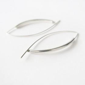 925の純銀製のイヤリングは笑顔(1ペア)