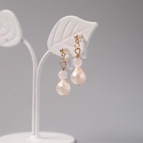 10月☆ひとつぶ・あこや真珠と誕生石のノンホールピアス・・・(ローズクオーツ)