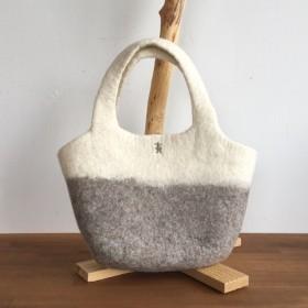 草木染め羊毛 フェルト トートバックS(ホワイト&グレー)
