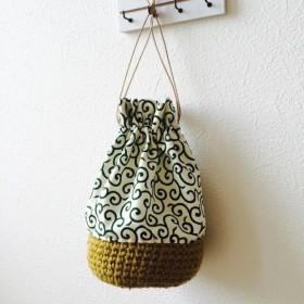 かぎ編み手縫い巾着 《唐草 みどり》