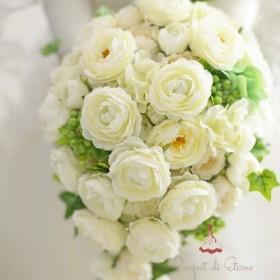 丸咲きのバラとベリーのキャスケードブーケ アーティフィシャルフラワー 造花 ウェディングブーケ ウエディンクブーケ