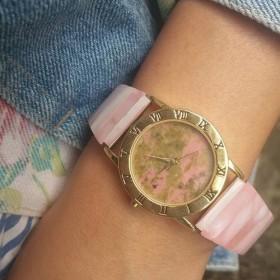 天然石 ユナカイト 白碟貝 伸縮式 のバンド 腕時計