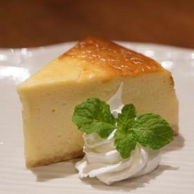 カフェ百時【カマンベールチーズケーキ】