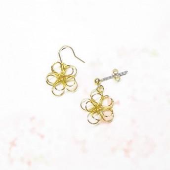 ワイヤーフラワーのピアス Wire Flower pierce
