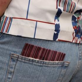 【パンツチーフ!細い紫パターン模様】メンズ用ファッションアイテム