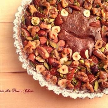 フランス産ショコラとナッツのタルト(16cm) 敬老の日・お誕生日・記念日のギフトにも♪直送もOK★