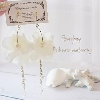 Flowerhoop × freshwaterpearl イヤリング