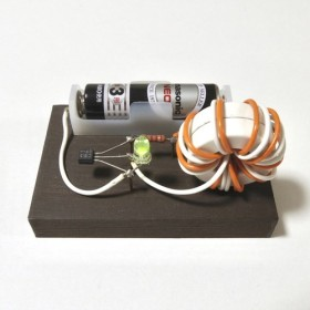 電池を捨てる前にLEDで使い切る回路 ジュールシーフ( Joule Thief )【手作り品】