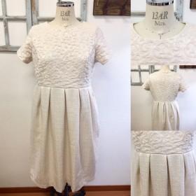ウエディング二次会ドレス ️ゴブラン織りとツイードのタック入りドレス(サイズL LL)13 15号