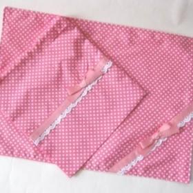 ランチョンマット+巾着セット 濃いピンクドット柄