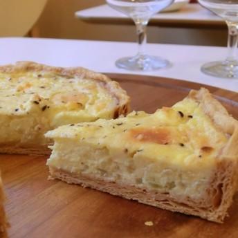 4種のチーズとジャガイモ・オニオンのキッシュ【チーズ好きにぴったり】