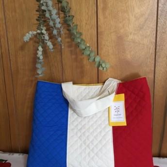 定番商品 大きな国旗のキルティングスクールバッグ (フランス) 通園・通学・絵本バッグ・習い事バッグに