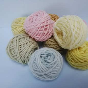 手染めの草木染毛糸(並太)ちび玉9玉セット