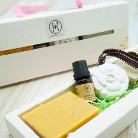 シンプルなホワイトフレグランスギフトボックス(手作り石鹸/拡散石/ラベンダーエッセンシャルオイルグループ)バースデーバレンタ