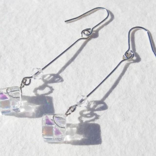 4月宝石ガラス『ダイヤモンド』ピアス/イヤリング【金具変更可】【受注制作】