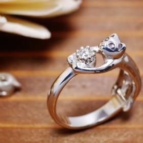 猫の贈り物/4月の誕生石 ダイヤモンド シルバーリング