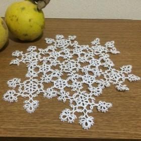 雪の結晶ドイリー