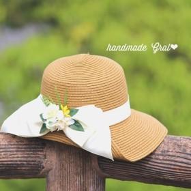 大きなリボンのクリーム系お花の女優帽