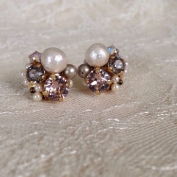 birthstone earring / pierce