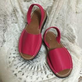 コーラルピンク☆靴擦れしない疲れない本革オーダーメイドサンダル★☆甲高や幅広の方には特にオススメです☆