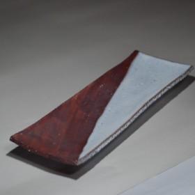 白釉鉄彩角長皿