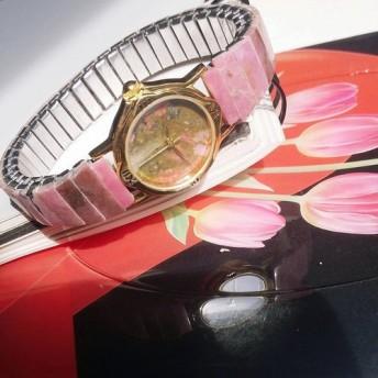 天然石 ユナカイト ロードナイト 伸縮式 のバンド 腕時計