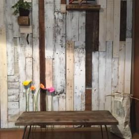 古材のローテーブル