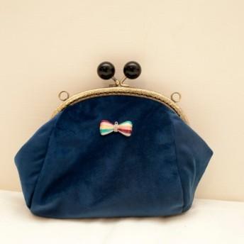青いキャンディー口金のイブニングバッグ