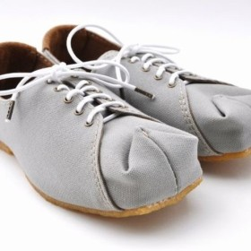 tote sneakers (natural canvas)
