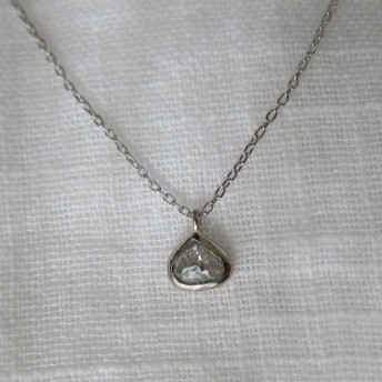 マロンダイヤモンドK18WG ネックレス