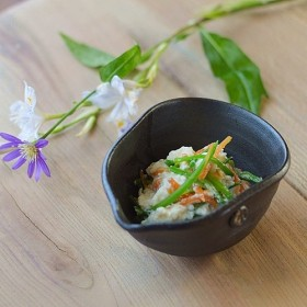 小鉢(さまし)/黒・焼き〆陶器(レンジ、オーブン、食洗機対応)