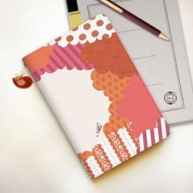 【名入れオーダー】小鳥のタブレットケース レッド Mサイズ 小鳥チャーム付き