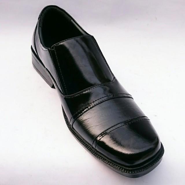 Rasheda Sepatu Pantofel Pria Formal Kulit Asli K 17  Rp 250.000 f0a6195cb5